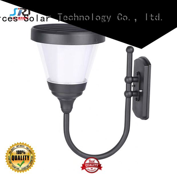 advantages of solar powered outdoor garden lights working for trees